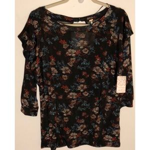 """Free People NWT """"black comb"""" top, large"""